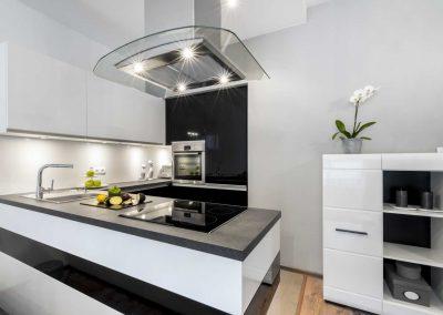 Black-And-White-Kitchen-Modern